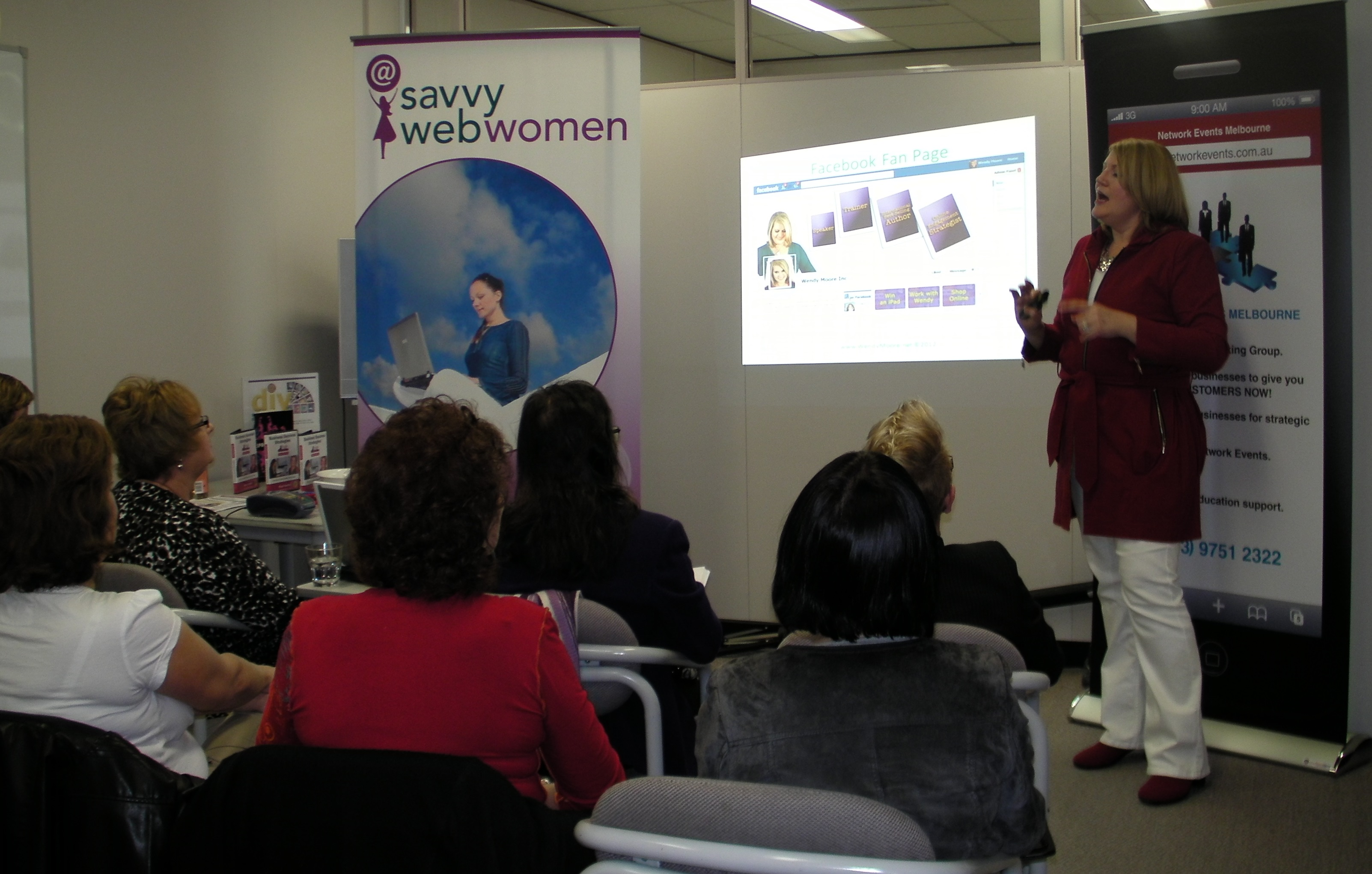 Wendy Chamberlain presenting to audience